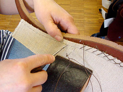 Stübben: start the hand stitching